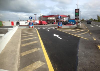 completed tar and lining to petrol station entrance - Prestige Tarmacadam
