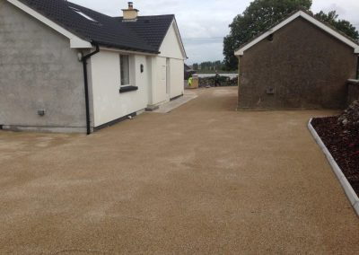 completed paving and stone driveway 2- Prestige Tarmacadam